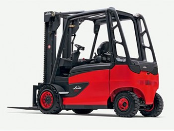 Lates generation of Linde e-forklifts