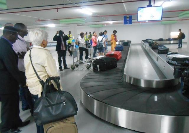 D Exhibition Manchester : Vanderlande to installs new d baggage make up carousel at
