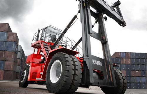 Vehicles and Forklift Trucks - handling containers at ports by Kalmar