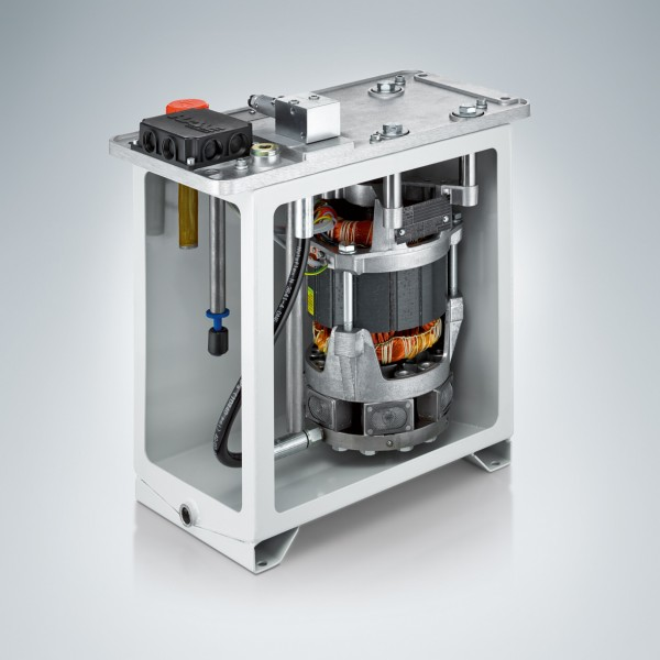 With a volume flow of up to 25 l/min and filling capacity of 100 liters the MPN compact power pack is ideally suited for weight balancing.Photo by HAWE Hydraulik SE