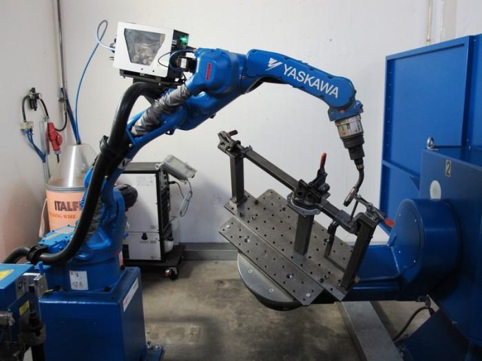 Yaskawa S Motoman Ma1440 Welding Robot Helps Robor Increase